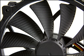 The fan blades of the new GlideStream series are furnished with special grooves - these contribute to even less air resistance, optimising the airflow.